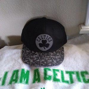 Adult Boston Celtics Snap Back Hat